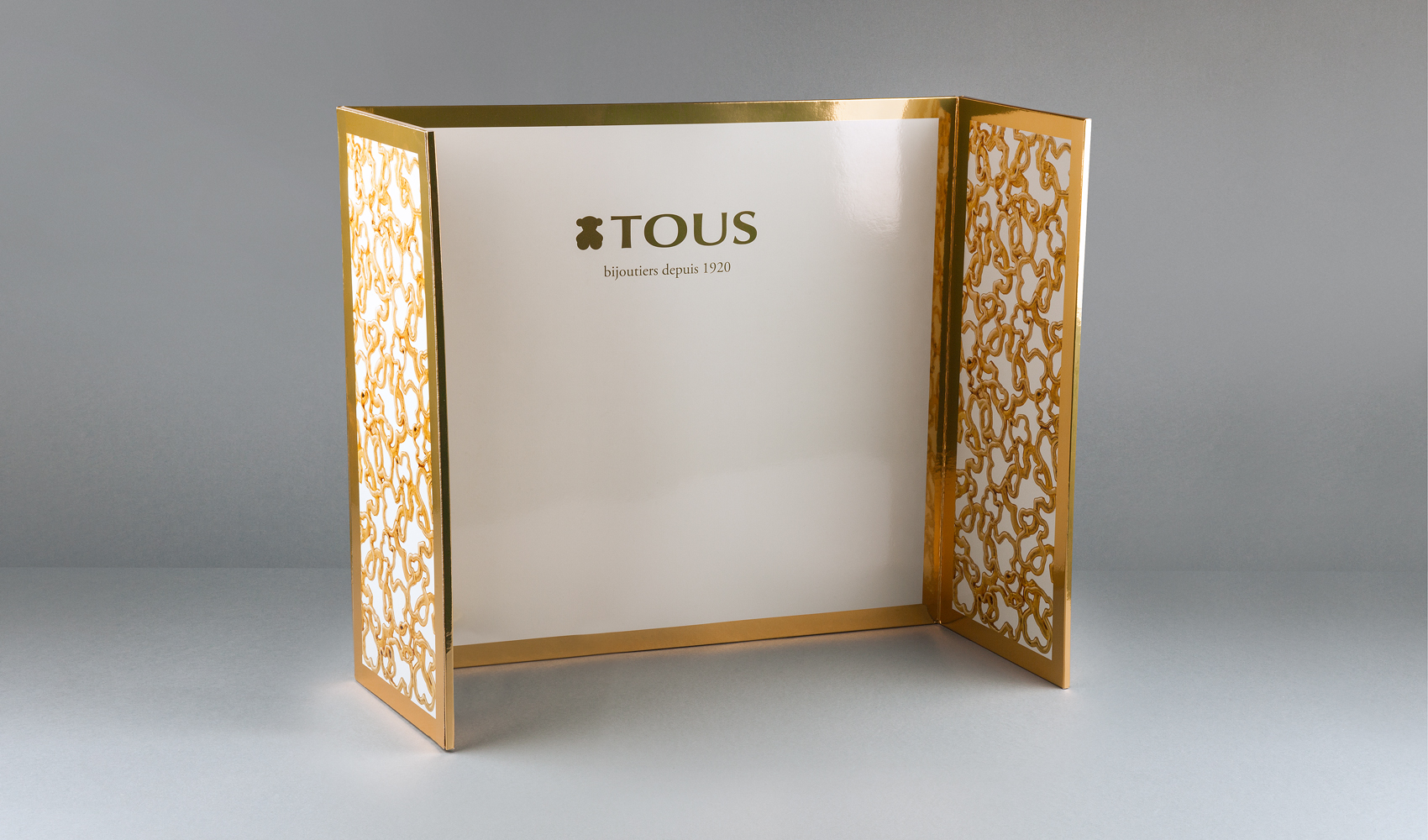 Tous display